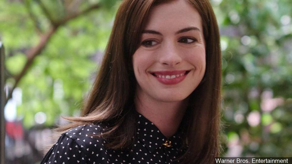 'The Princess Diaries 3' is happening, says Anne Hathaway