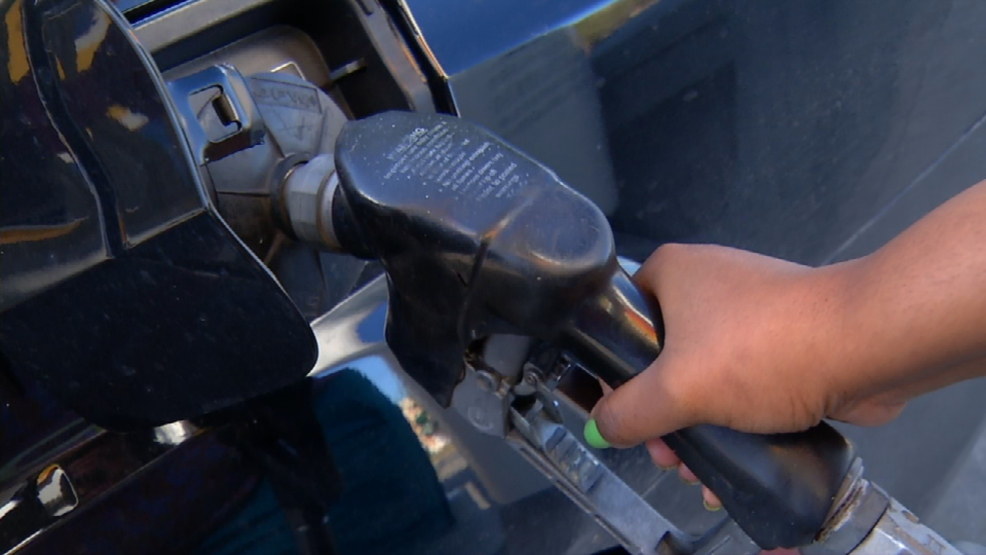 San Antonio Gas Prices >> Gas Prices Drop In San Antonio Woai