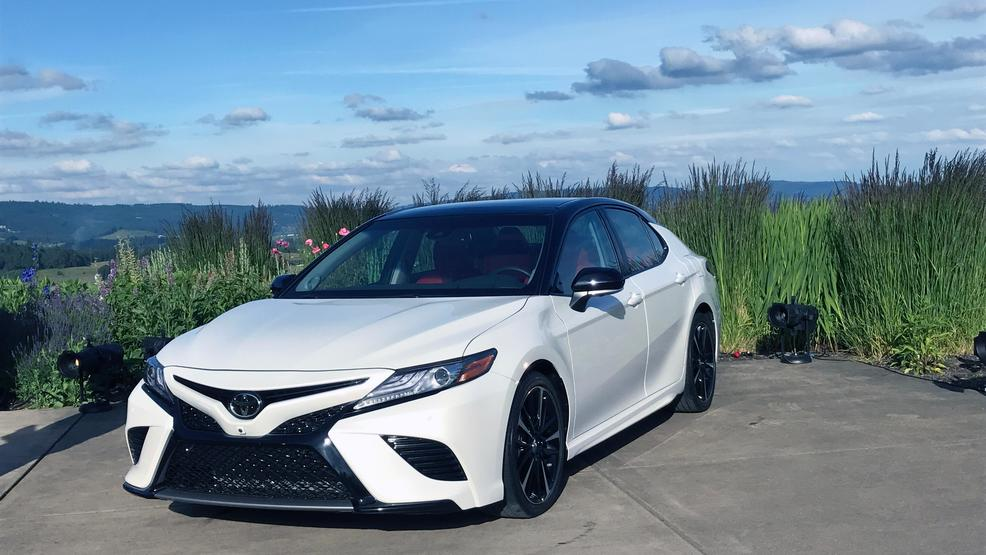 2018 toyota camry toyota is bringing sexy back first look wkef. Black Bedroom Furniture Sets. Home Design Ideas