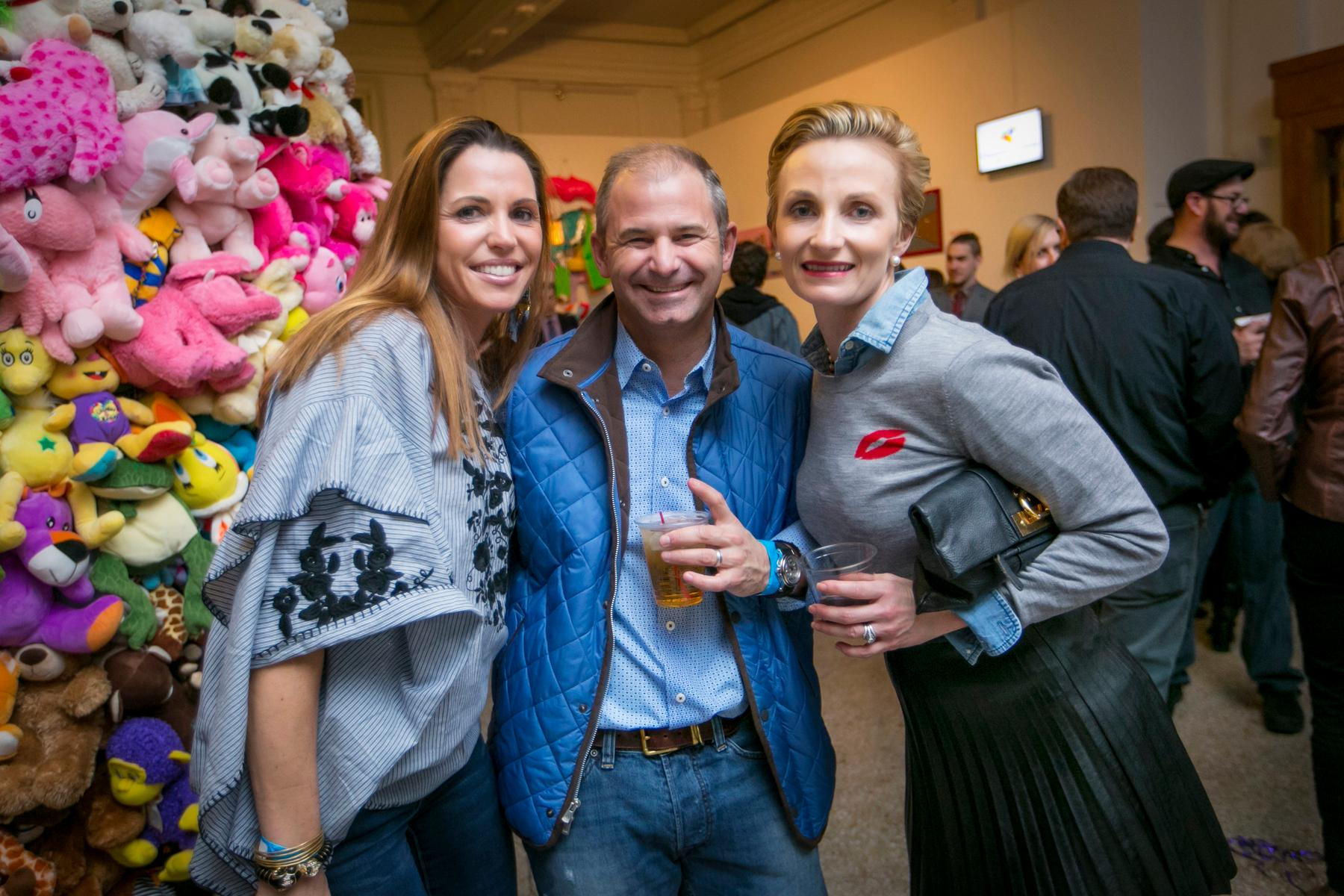 Christie and Todd Hosea with Brandy Stojkovic / Image: Mike Bresnen Photography // Published: 2.10.18
